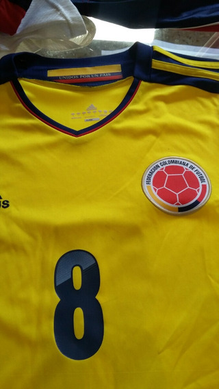 Remera adidas Colombia
