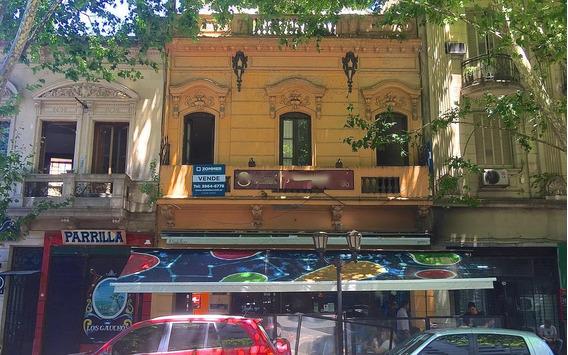 Hostel / Edificio En Venta San Telmo - Doblre Frente, Restaurant