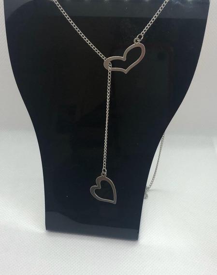 Maravilhoso Colar Gravatinha Com Dois Corações Em Aço Inox