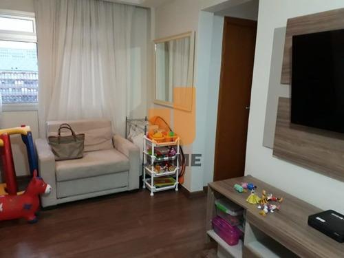 Apartamento Padrão Com 2 Dormitórios E 1 Vaga. - Ja14552