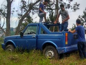Jipe Lada Niva 4x4 Cd Adaptado Conversível