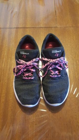 Zapatillas Skechers Niñas, Negras Con Rosa