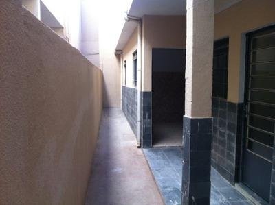 Barracão Com 2 Quartos Para Alugar No Goiânia Em Belo Horizonte/mg - 2072