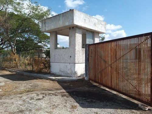 Nave Industrial En Venta, En Uman Yucatan, Excelente Inversion.