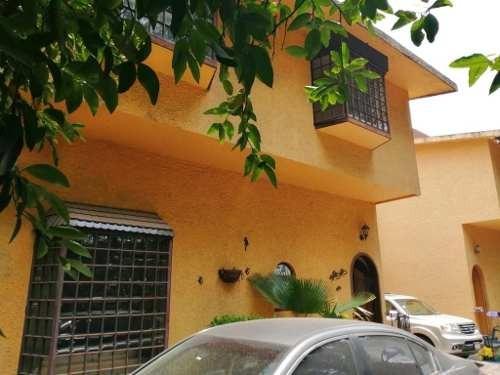 Casa Excelente A La Venta En Condominio Horizontal De Solo Cuatro Casas