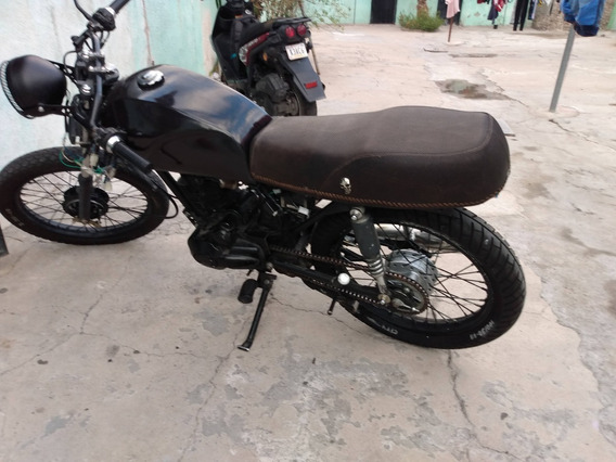 Moto Kurazai Classic 125cc (modificada Cafe Racer)