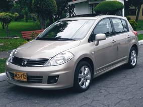Nissan Tiida Premium 1.8 Mecanico