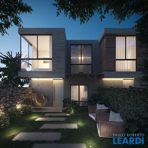 Casa Em Condomínio - Lagoa Da Conceição - Sc - 631867