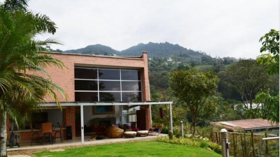 Se Vende Mansión En Medellín, Loma El Tesoro.
