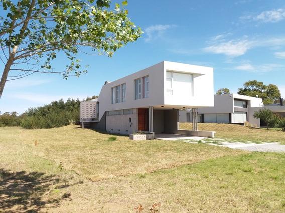Alquilo Casa A Estrenar En Costa Esmeralda!! Golf 2