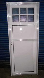 Puerta De Aluminio Blanco 80x 200 1/4 Vidrio Repartido