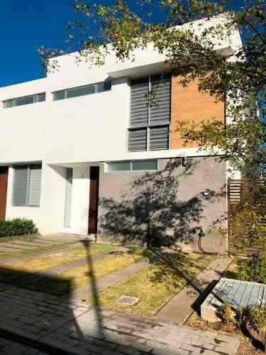 Casa En Venta En Tlajomulco - Fraccionamiento La Cibela