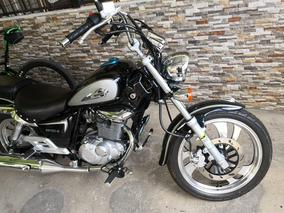 Moto Suzuki Gz150