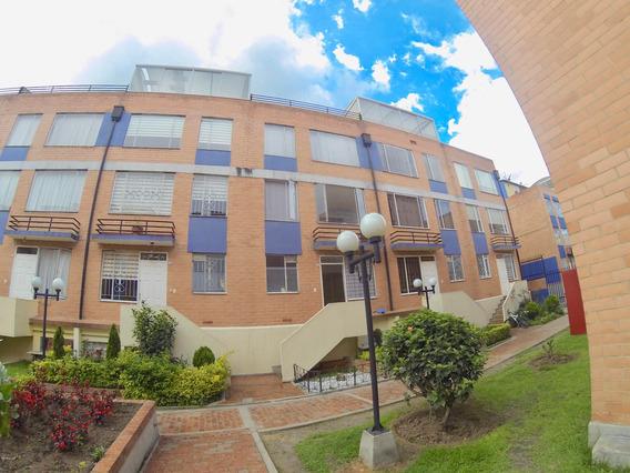 Casa En Venta Ciudad Techo 20-246
