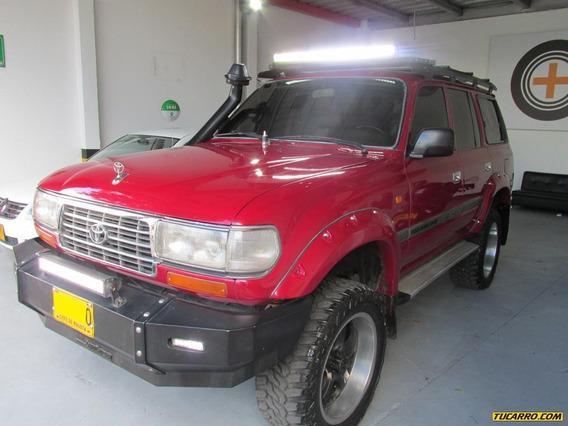 Toyota Burbuja Land Crusser