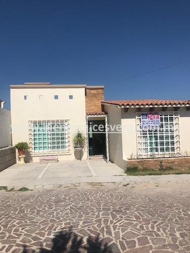 Casa Sabina En Venta En Fracc. Colinas Campestre, Tequis.