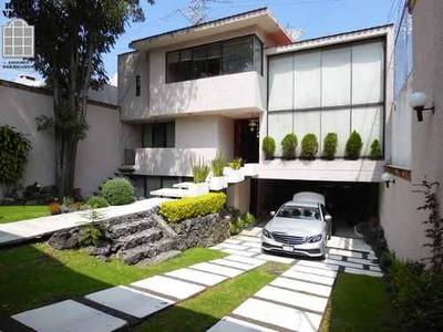 Casa En Venta Pedregal Con Gran Jardin De Area Federal