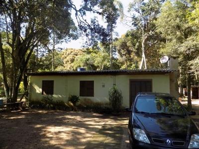 Casa De Alvenaria Com Área Bem Arborizada - 396