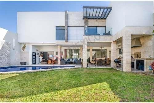 Luxury House | Casa En Venta, El Campestre, Gómez Palacio, Durango