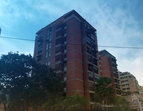 Apartamento En Venta Lomas De Las Mercedes Mls #19-16536