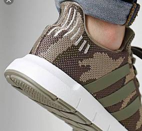 Tenis adidas Swift Run Verde Camuflaje