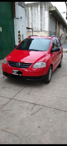 Imagen 1 de 10 de Volkswagen Suran 2010 1.6 Comfortline 101cv 11a