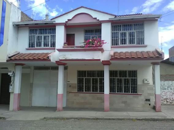Arriendo Casa 230 M2, Catamayo - Loja, Buenos Acabados