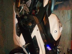 Yamaha Yamaha R6 600cc