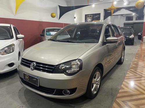 Volkswagen Polo Sedan 1.6 Vht Comfortline Total Flex