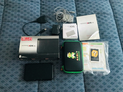 Nintendo 3ds Xl (con Caja) + Estuche + Transformador Y Más