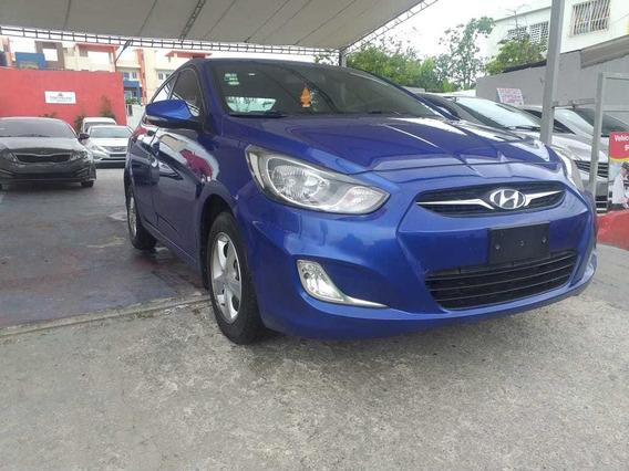 Hyundai Accent Recibo Vehículos