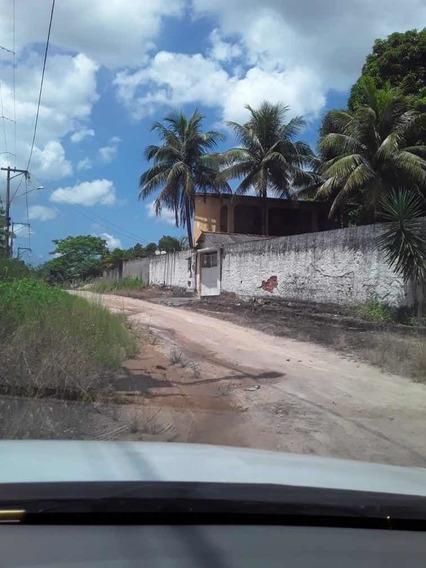 Casa De 03 Quartos 03 Banheiros Etc....