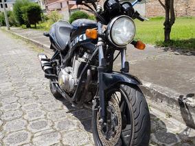 Moto Susuki 500 Gs