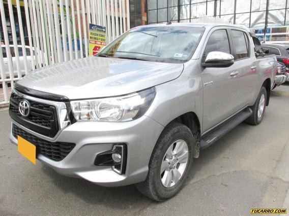 Toyota Hilux 2.4 Mt Aa 4x4