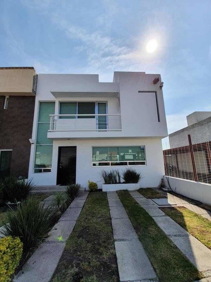 Casa Seminueva Corregidora