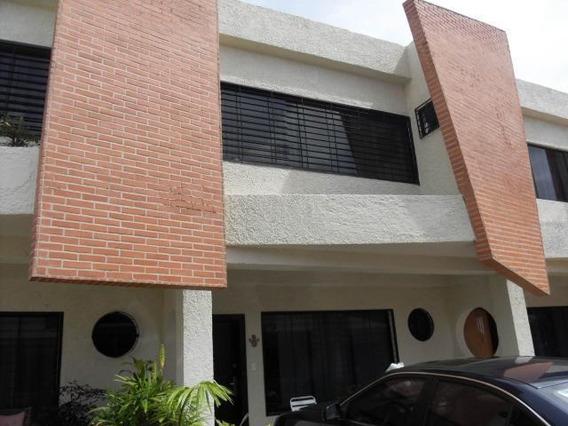 Townhouse En Venta El Guayabal Pt 19-13179