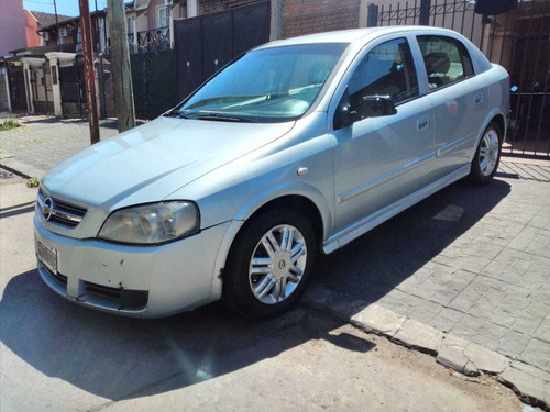 Imagen 1 de 8 de Chevrolet Astra 2008 2.0 Gl