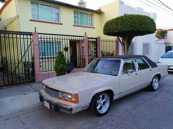 Crown Victoria Ltd Antiguo Excelente