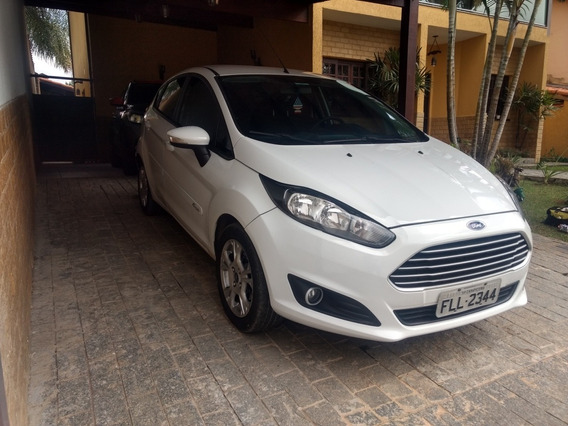 Ford Fiesta 1.6 16v Se Flex Powershift 5p 2014