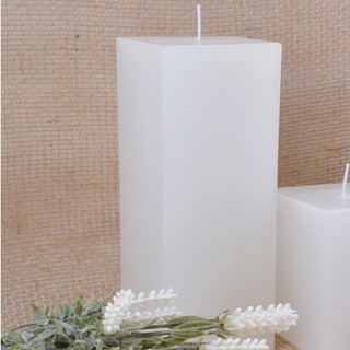 Vela Pilar Quadrada Branca 7,5x7,5x19,5cm Decorativa