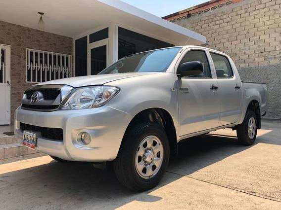 Toyota Hilux 2.7 Automatica Año 2012