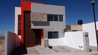 Casa Nueva En Fraccionamiento Familiar.