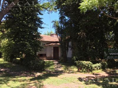 Casa En Venta En City Bell Calle 472 Esq. 21a Dacal Bienes Raices