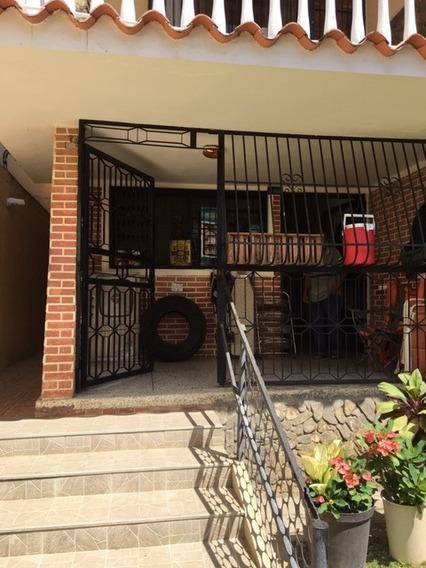 Casa En Alquiler Para Local Comercial