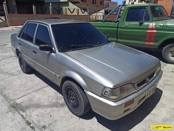Mazda 323 Sedan Sincronica
