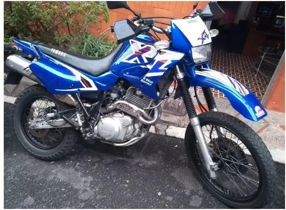 Se Vende O Se Cambia A Carro Yamaha Xt600e