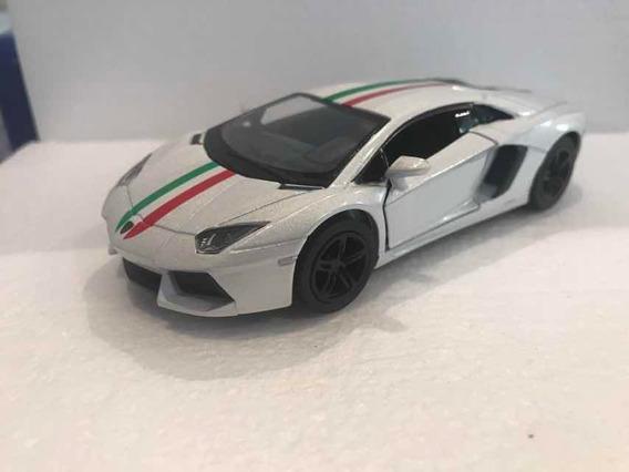 Lamborghini Aventador Lp 700-4 , Escala 1/38 , Kinsmart