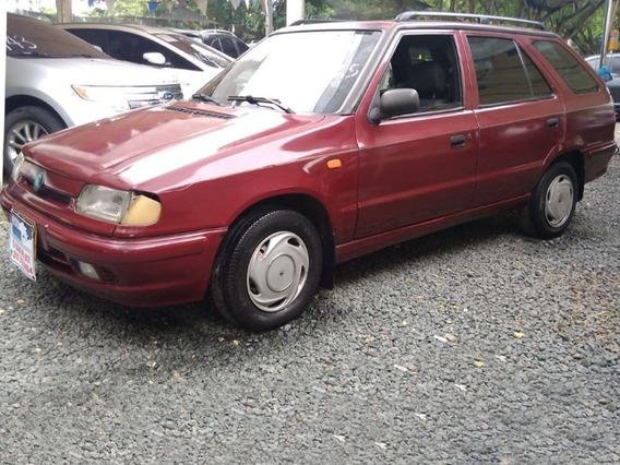 Skoda Felicia Motor 1.3 1998 Rojo 5 Puertas