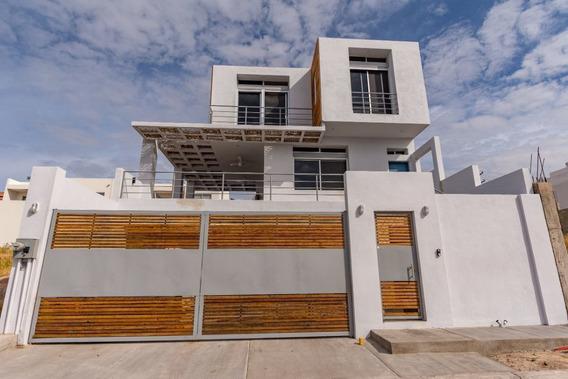Casa Rojas