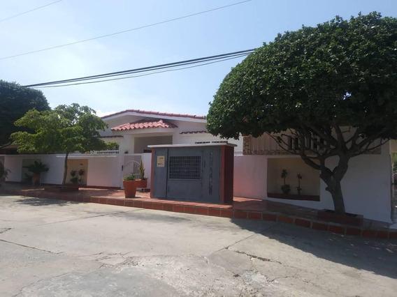 Casa En Venta. Sabaneta. Las Lomas. Mls 10270. Adl.